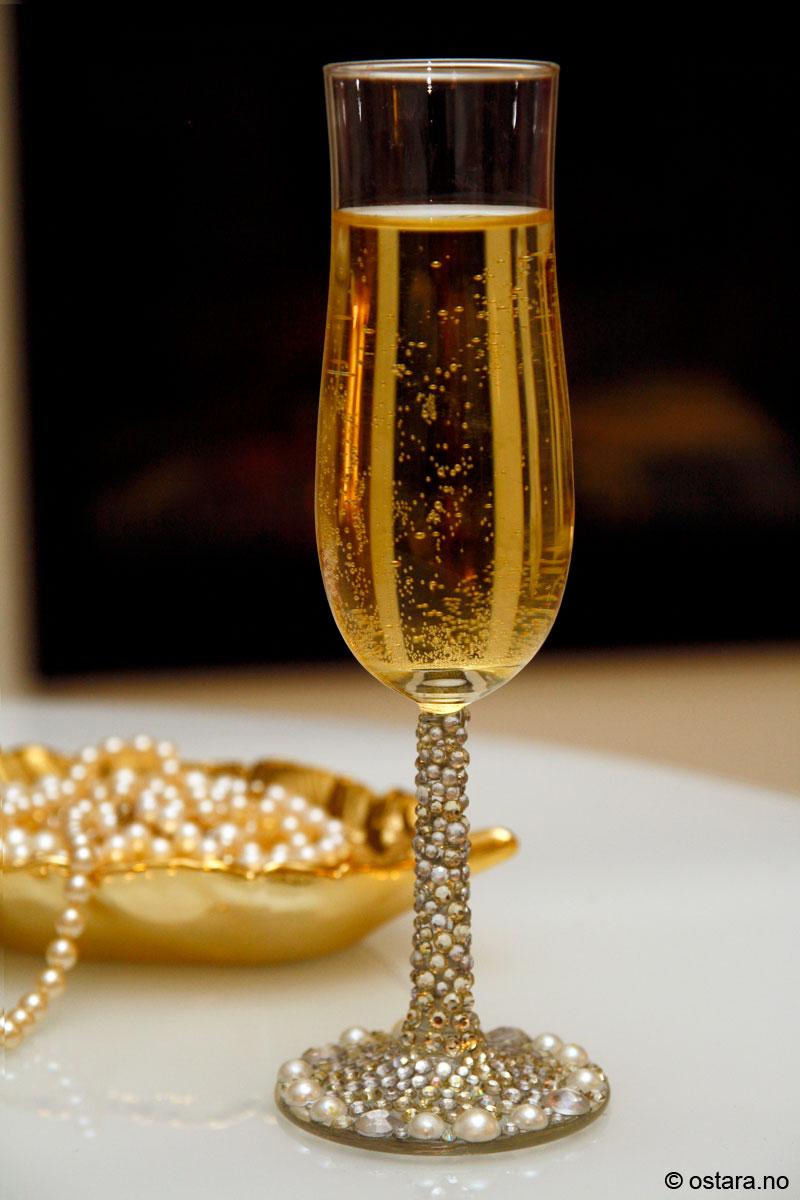 champagneglass1